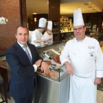Eigenaar Serge De Wandelaer (links) en chef Gerard Spuesens. Foto Patrick De Roo