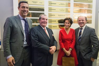 vlnr Stéphane Verbeeck, Vic Baron Swerts en zijn echtgenote, Minister Philippe Muyters
