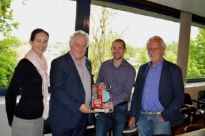 Vlnr: Marjan Vanuytsel (afdelingshoofd stadsontwikkeling), Jan Michielsen (schepen lokale economie), Gert Lathouwers en Eddy Bellens (Unizo).