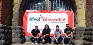 Vlnr: Jo Smolders (Afval Alternatief), Christophe Van Hostauijen (Dystopia), Aart Van Oekelen (Afval Alternatief), Tim Van Mierlo (Dystopia).