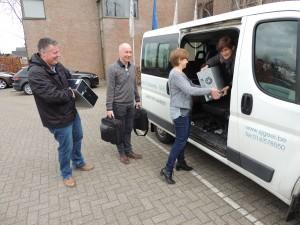 Voka - KvK Kempen schenkt pc's aan technische school